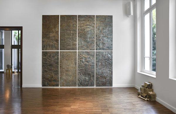 Kevin Rouillard, Vue de l'exposition Empiristes, Bourse Révélations Emerige 2015 Commissaire : Gaël Charbau © Rebecca Fanuele