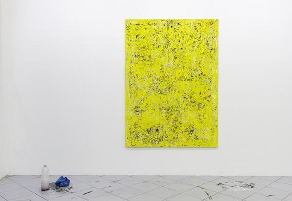 Steven Cox, Yellow Pages, 2015 Huile et aérosol sur toile. Vue de l'exposition A moveable Feast, Galerie Jérôme Pauchant Paris