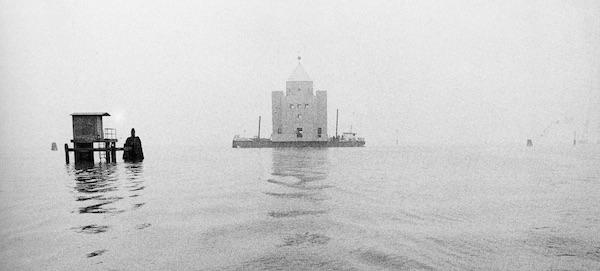 Il Teatro del Mondo, réalisé par Aldo Rossi en 1979, Biennale de Venise 1980