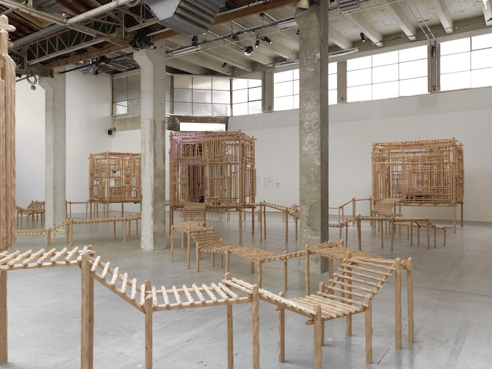 La redite en somme, ne s'amuse pas de sa répétition singulière de Sara Favriau - Galerie Wilson - Palais de Tokyo