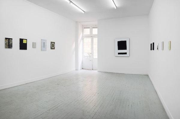 Vue d'exposition Le petit A de O, Galerie Houg. Copyright : Jérôme Michel.