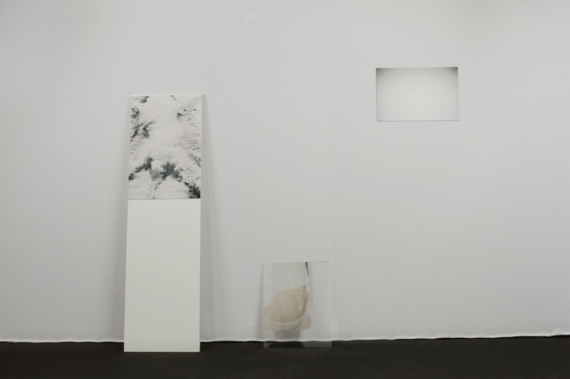 White Trash - stand des éditions Point Contemporain - YIA Art Fair #06 Bruxelles avril 2016. Photo : Rebekka Deubner