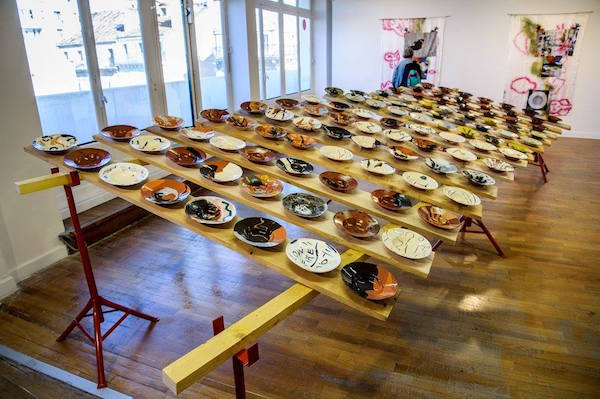 Vue de l'exposition J/E à la Galerie du 5ème, magasin des Galeries Lafayette de Marseille Saint Ferréol © François Moura
