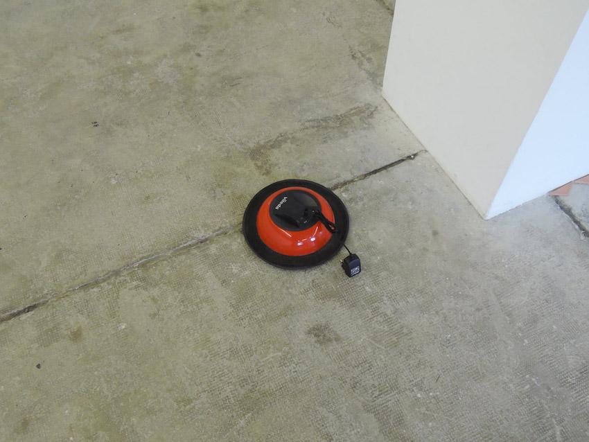 Luca RESTA, Liste #2 (collection de bruits (2004 - /)), vue de l'exposition Hasards Heureux à la Galerie de la Salle des Machines (Friche la Belle de Mai), juin 2016