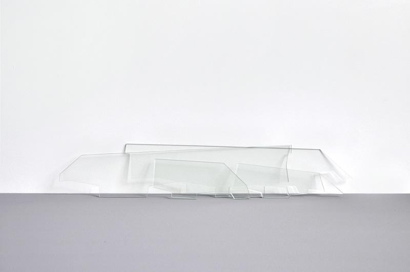 Le ciel, même, 2014 Verre découpé, dimensions variables, courtesy Galerie PA I Plateforme de création contemporaine