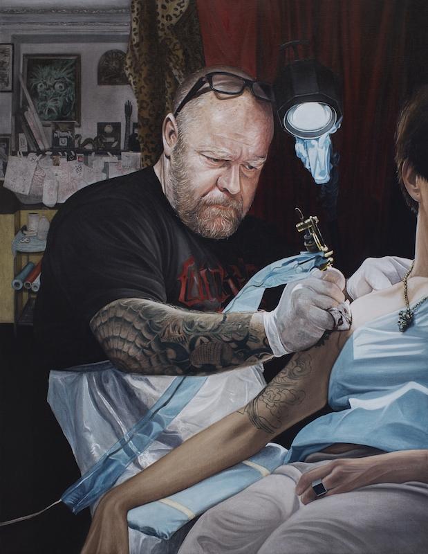 Le tatoueur (métier simple) , Huile sur toile, 116 x 88,5 cm, 2013-14. Courtesy Backslash.