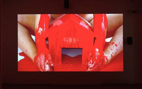 [EN DIRECT] Red Houses pour Mademoiselle de Maison Rouge, Galerie Métropolis Paris