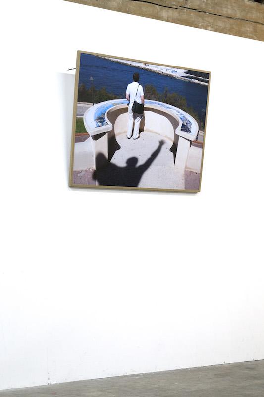 Mathilde Geldhof, État océanique # 1 - le surgissement, 2016, 120 cm x 145 cm, tirage numérique. Vue de l'exposition Crête à creux, novembre 2016. © Mathilde Geldhof