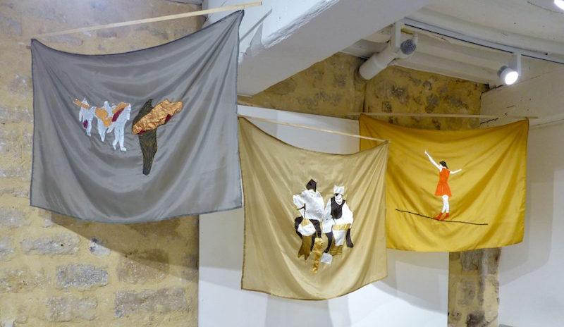 « Drapeaux de dissidences », Couture polyester, 1,44 cm x 90 cm, 2015