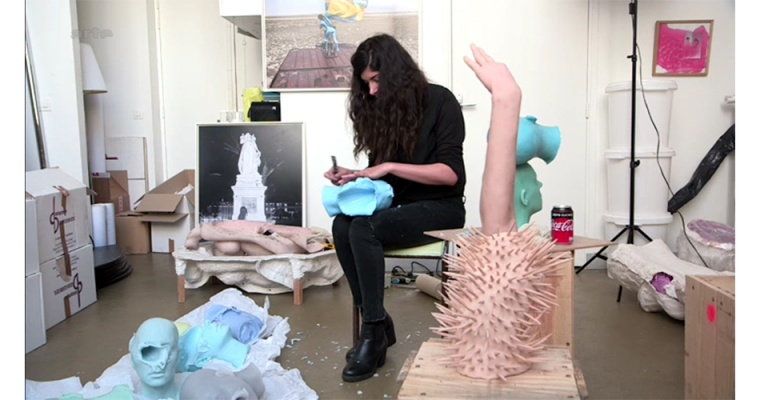 SARAH TROUCHE [FICHE ARTISTE]