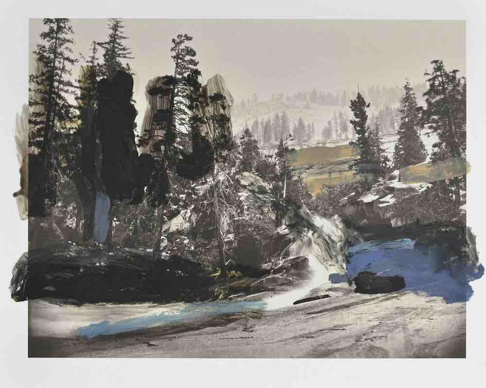 Over Watkins III, 2015 d'après Carleton Watkins, 'Cascades between the Vernal and Nevada, Yosemite', 1861. Huile, gouache, graphite, encre sur impression, 28 x 35 cm. Courtesy Sophie Kitching.