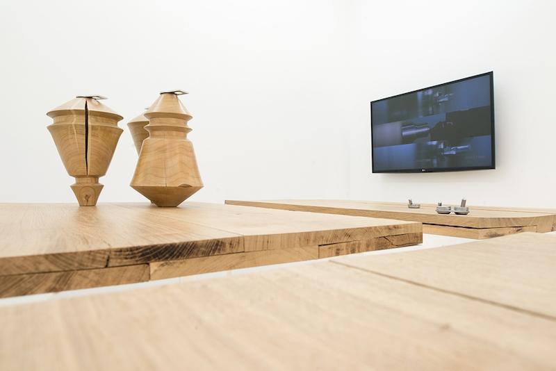 Vue de l'exposition personnelle Maître Coeur de Florian Sumi Galerie Excougnou-Cetraro Paris. Photo et courtesy Galerie Escougnou Cetraro.