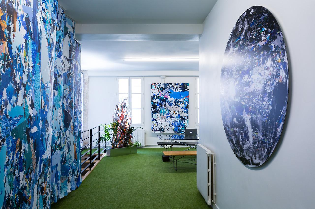 Vue d'exposition Mathieu Merlet Briand Environnement, une invitation de Hugues Leblond, jeune collectionneur.