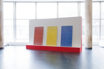 Mathieu Merlet Briand Tryptique Google Red, Google Yellow, Google Blue. Hommage à Alexandre Rodtchenko, 2015. 7th Moscow International Biennale of Contemporary Art 19 Septembre 2017–18 janvier 2018.