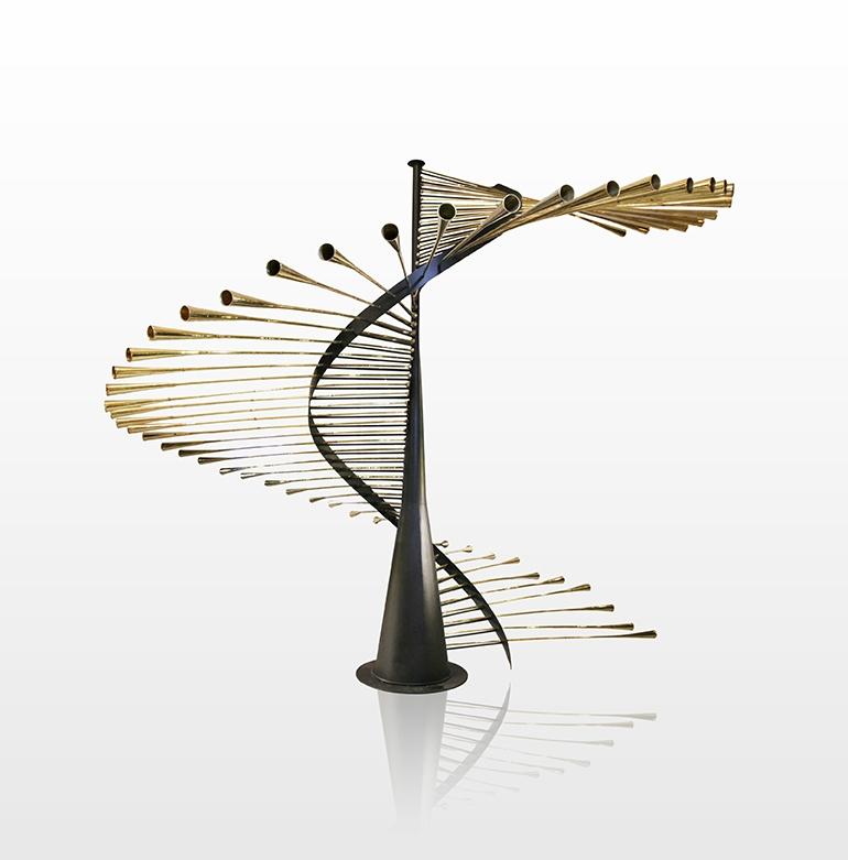 Hicham Lahlou DNA 54 : Contemporary Art Installation 2016 - œuvre unique - Elévation architecturale en forme de structure d'ADN 54 Trompettes ou nafar traditionnelles en laiton et structure métallique d'ingénierie et design industriel - H.3m60 - Ø.4 H.3m60 - Ø.4 © Hicham Lahlou Designer - Courtesy Hicham Lahlou Designer