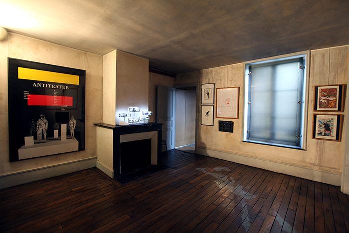 Vue d'exposition Balak #7, Maison des ailleurs, Musée Rimbaud. Photo Merhyl Levisse