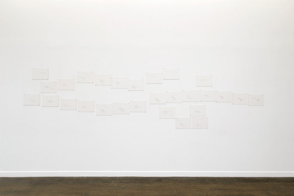 Irene Kopelman Gorner Glacier from On Top, 2014 crayon sur papier 456,5 x 115 cm l'ensemble 28 dessins Courtesy de l'artiste et Labor, Mexico City.