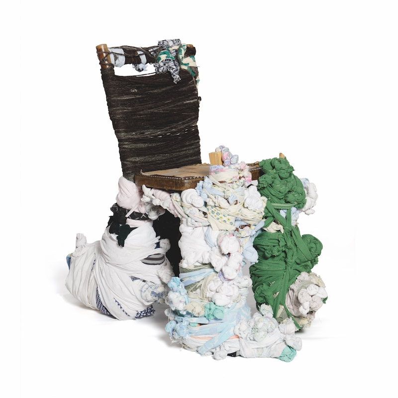 Pascal Tassini, sans titre, 2016. assemblage textile noué, 85 x 90 x 60 cm