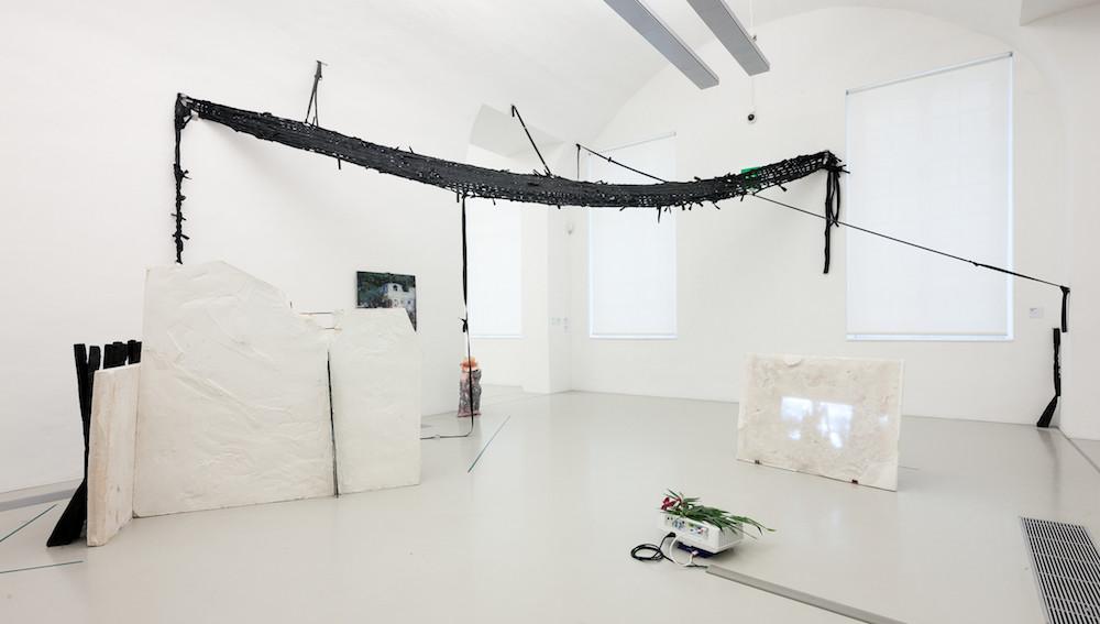 Gaëlle Choisne, Vue de l'installation Constellation hétéroclite - © Cliché Frédéric Jaulmens, Montpellier Agglomération