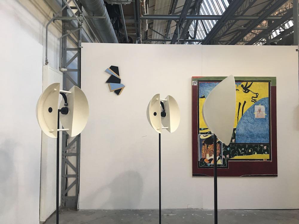 Vue d'exposition 1+1=1 - Villa Belleville Paris - de gauche à droite : Lauren Tortil, Cécile Chaput , Raphaël Sitbon -Photo Valérie Toubas