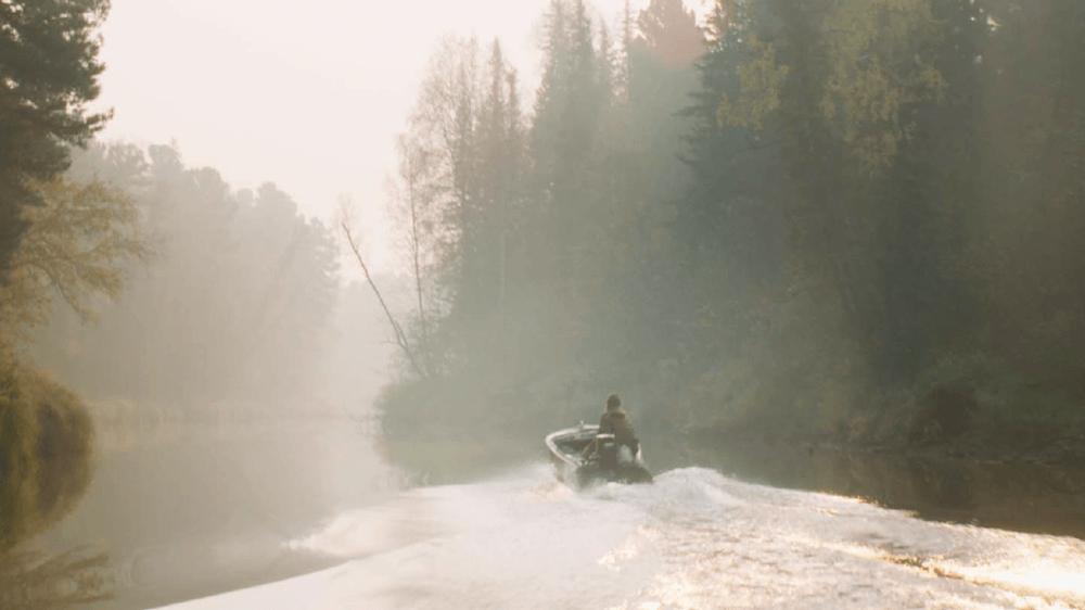 Clément Cogitore, Braguino, 2017, extrait vidéo. Documentaire, 50 minutes © BlueBird Distribution