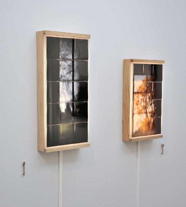 Jonas Delhaye, Étant donnée, 2017 Diapositives 4x5 inch, verre dépoli, bois, led, 60x90 cm / 30x70 cm / 30x60 cm