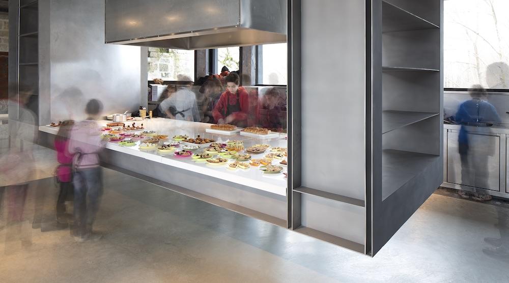 Vue des Fourneaux de La cuisine, centre d'art et de design, château de Nègrepelisse, 25 janvier 2014. RCR Arquitectes. © Yohann Gozard