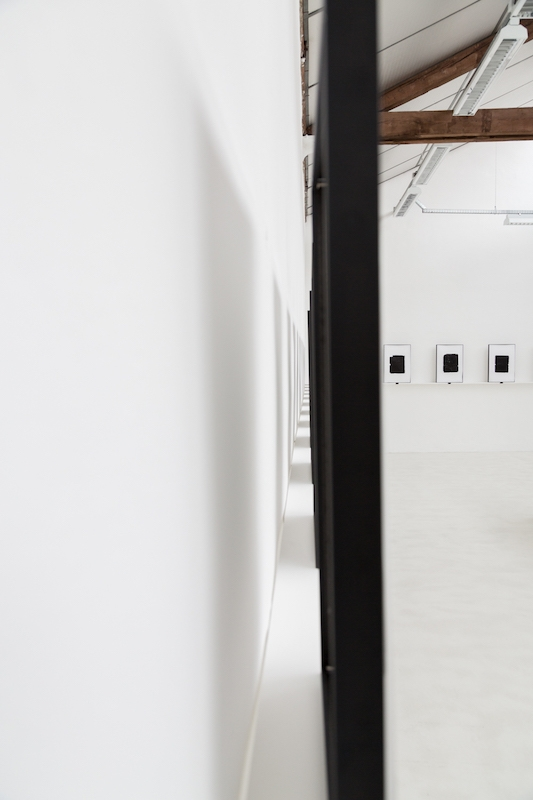 vue de l'exposition A, Anne-Valérie Gasc, URDLA Villeurbanne. PhotoJules Roeser©