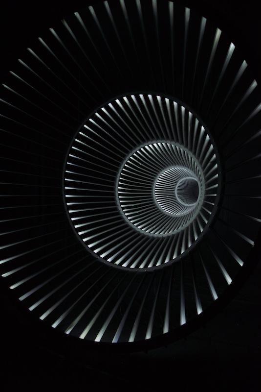 Levi van Veluw, détails de l'installation The relativity of matter, 2015 © Olivier Hamery