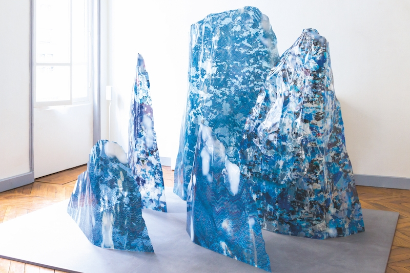 Mathieu Merlet Briand, #iceberg, installation, 2017. Playground For All, Paris. Courtesy artiste.