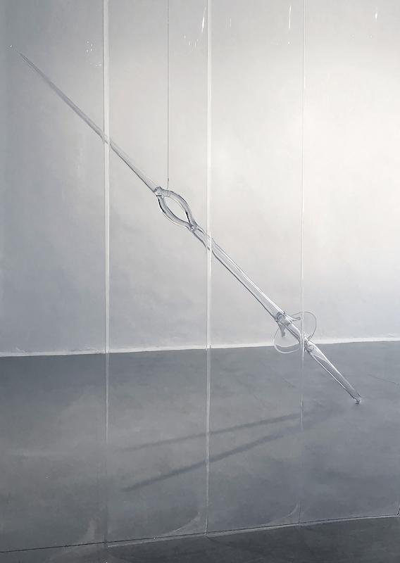 Floryan Varennes, Fin'Amor 2018 Lance de joute en verre 270 cm x 40 cm Production Centre International de l'Art Verrier - Meisenthal