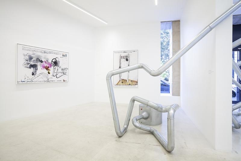 vue de l'exposition «Donato Piccolo - La Gioconda che cammina» à la Galerie Italienne, Paris.Courtesy Galerie Italienne, Paris.Photos Marco Illuminati.