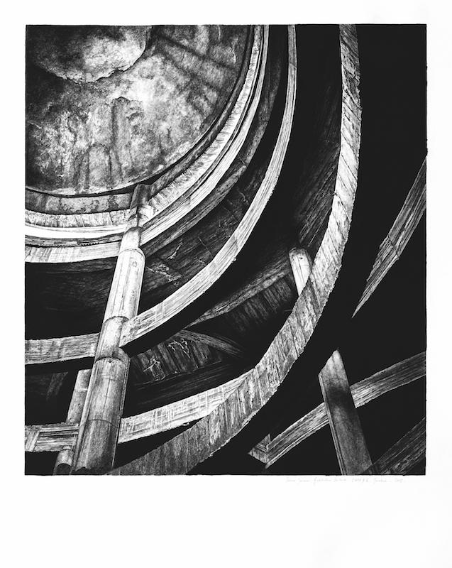 Architectures Inachevées # 16 - l'Hôtel - Marrakech - 2018 Pierre noire sur papier Hahnemühle « Bambou » 265g, 125 x 99,5 cm. Courtesy Fondation Montresso*