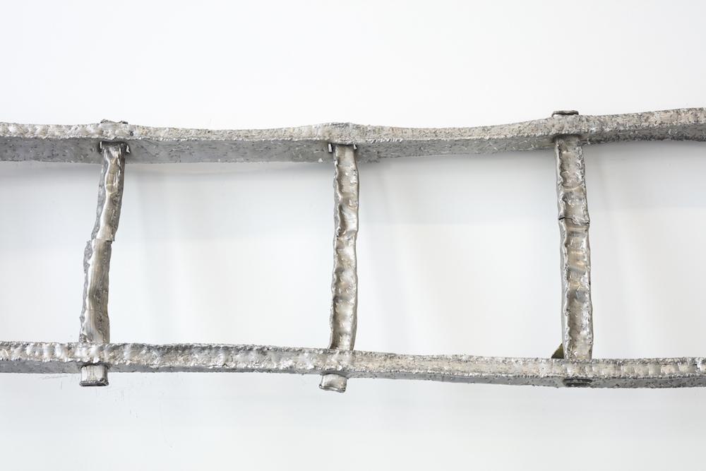 Benoit Travers, Ebrèchement échelle, 2017, aluminium, détail, © Photo Philippe Piron