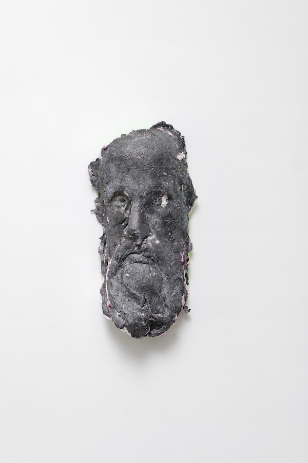 Jean-Baptiste Janisset - Nostradamus, 2018, 44 x 19 x 13 cm - Plâtre et Plomb - © Aurélien Molle - Courtesay Galerie Alain Gutharc