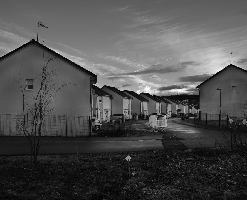 Serge Lhermitte, Et dieu créa la T.P.E. , à la faveur d'une conjoncture plus porteuse, Louis Loucheur, photographie noir et blanc, 2007-2019.