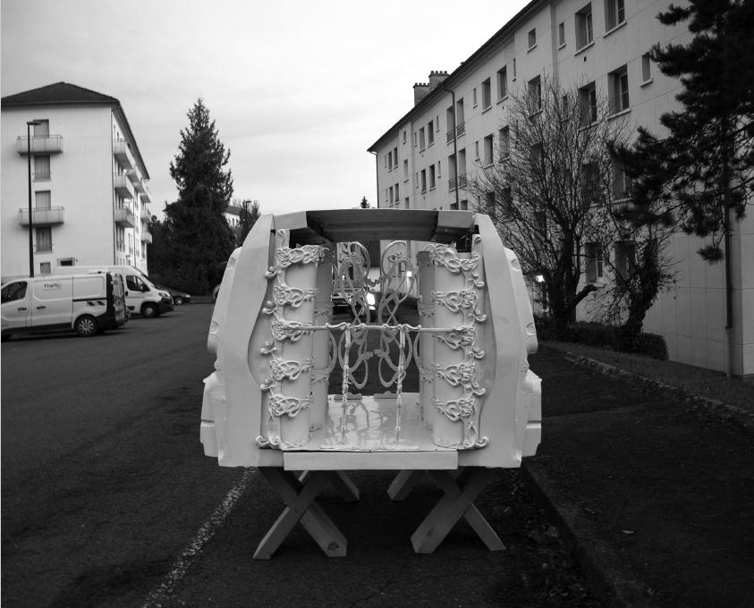 Et dieu créa la T.P.E. , à la faveur d'une conjoncture plus porteuse, Mont Christ, photographie noir et blanc, 2007-2019.