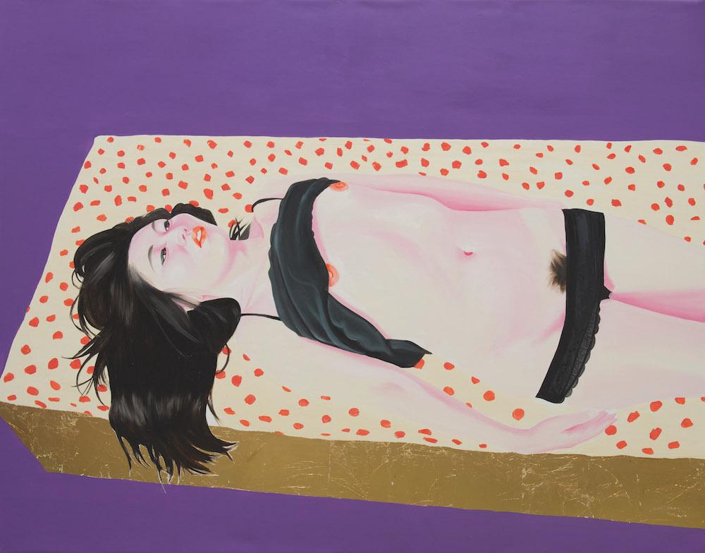 Frédéric Léglise, Eunji on her bed, 2013. Huile et feuille d'or sur toile, 114 x 146 cm. Courtesy Frédéric Léglise.
