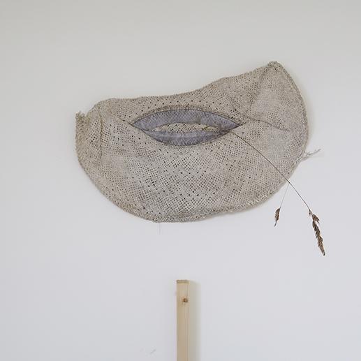 vue de l'exposition Cause départ,Babeth Rambault, Béton Caverne Photographies Émeric Hauchard-Mercier et Guillaume Pinard
