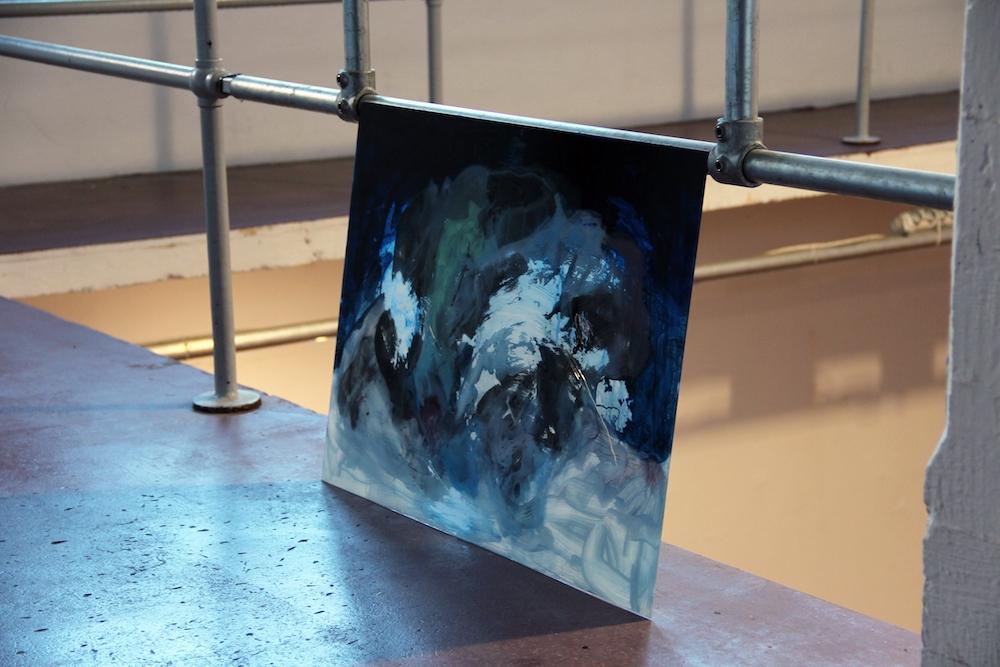 Damien Caccia, F ond perdu  (peinture de nuit) , 2019, verre, peinture