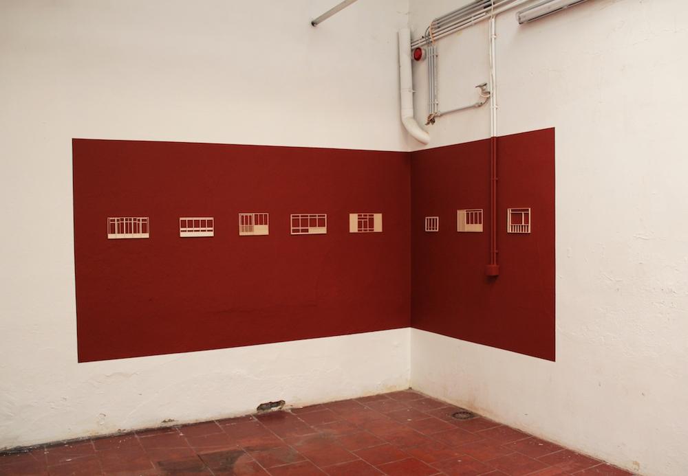 MARIE-JEANNE HOFFNER, Elements, 2017-2018, Maquette en balsa sur mur peint, 15 x 30 cm chaque