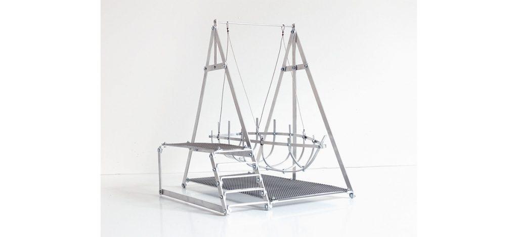 Céline Lastennet, Evasion Suspendue - maquette de projet, 2018-2019. Aluminium, 30 x 32 x 23 cm. Courtesy et photo Céline Lastennet