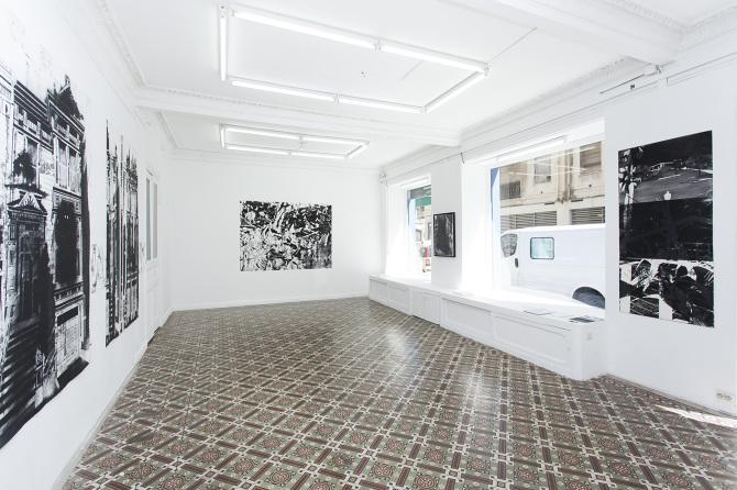 vue de l'exposition de Maxime Duveau  Réouverture de la fameuse partie de billard cosmique Espace A VENDRE, Nice, 12 avril 2019 - 8 juin 2019 Photo Sidney Guillemin