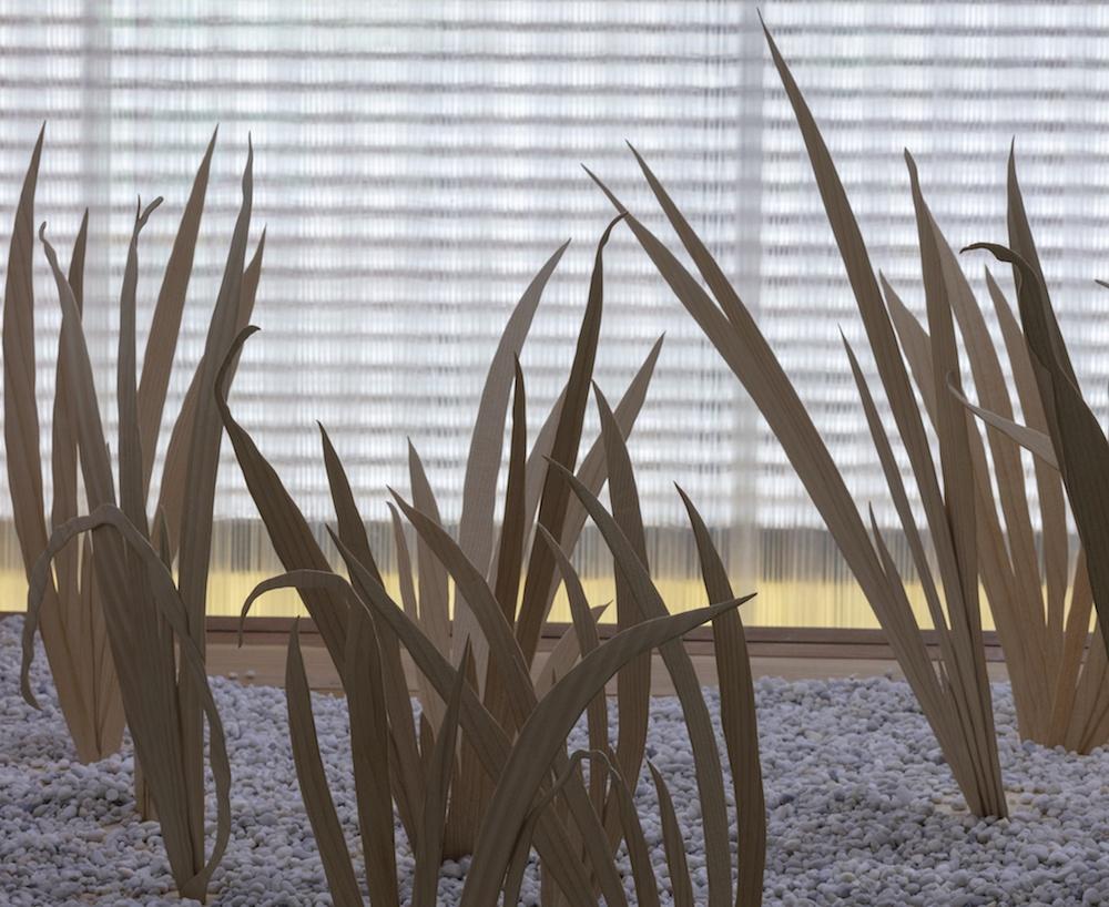 Vue de l'exposition de Dominique Ghesquière « L'avant-monde » La Grande Place, musée du cristal Saint-Louis