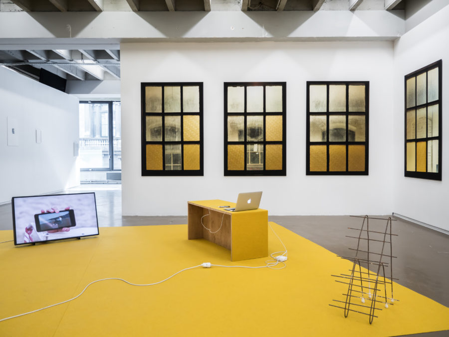 Sarah Smolders, Sofia Caesar Vue de l'exposition Fried Patterns du 05 au 08 septembre 2019 commissariat de Tenzing Barshee  dans le cadre du Brussels Gallery Weekend Photo ©StokkStudio (@AndriSoren)
