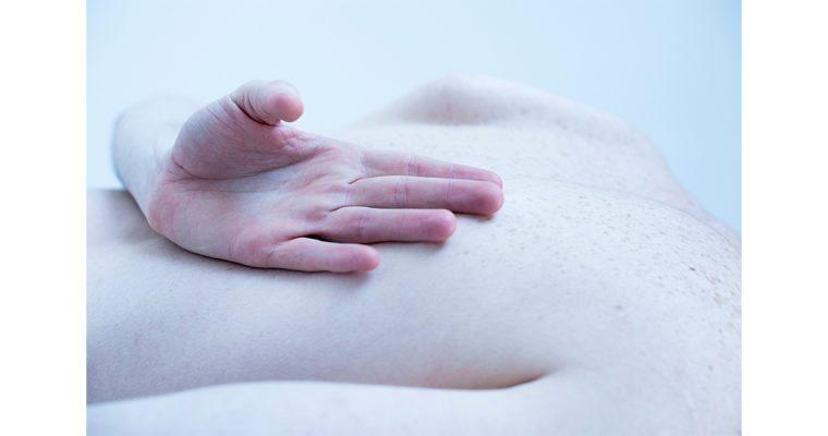 Les mains de Fernanda Tafner