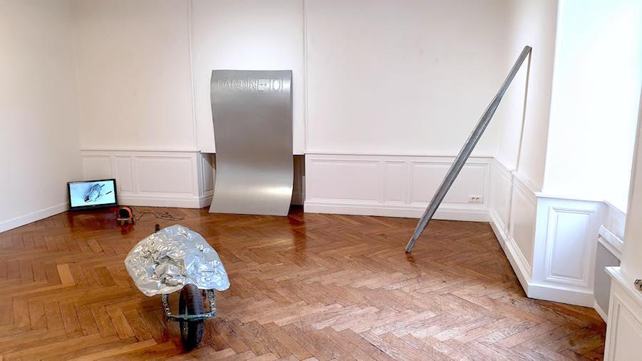 Vue exposition personnelle Ebrèchement pORsche de Benoît Travers à L'Ecole d'art du Choletais, Cholet jusqu'au 19 octobre 2019