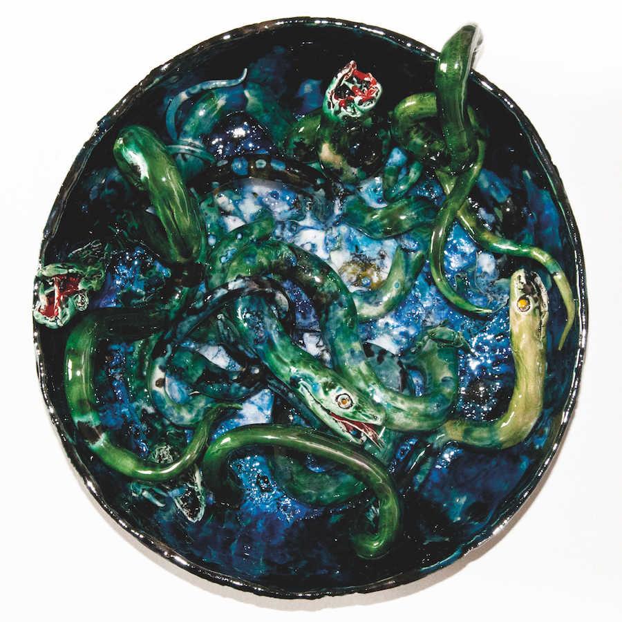 Etienne Pottier, Genèse, 2018. Céramique, 22 cm de haut, 39 cm de diamètre  Collection particulière. Photo Étienne Pottier