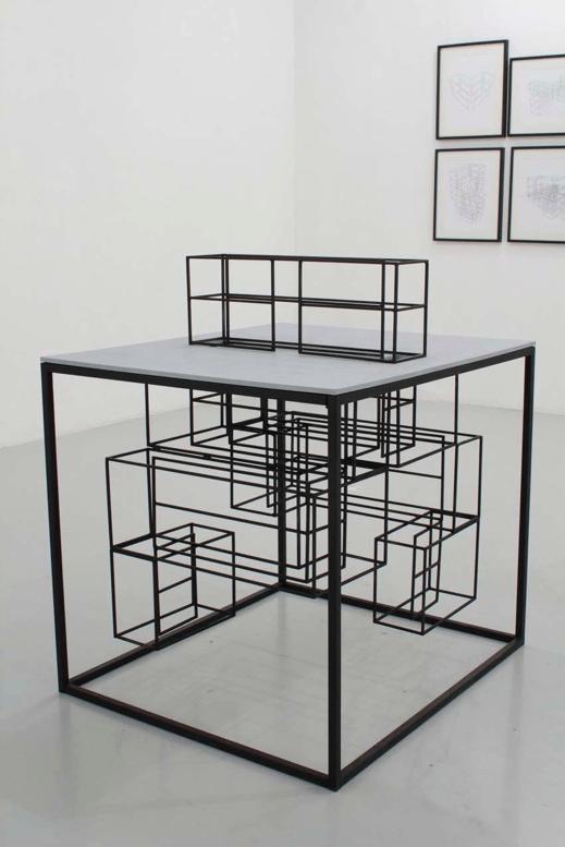 Jérôme Grivel Structure déambulatoire #5 (maquette 1:10), 2015 Acier peint, bois peint , 22 x 90 x 60 cm