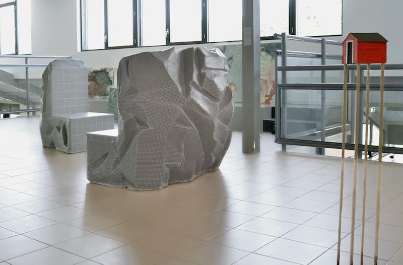Mélissa Mariller, Julie Escoffier, Margaux Auria, Vue d'exposition Paysages manufacturés, L'Aqueduc. Photo Mélissa Mariller